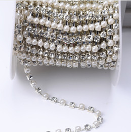 Wholesale Cup Plates - High-quality 5mm rhinestone bead pearl cup chain crystal and pearl plated silver base 10yards roll use for garment accessories