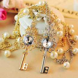 Wholesale Crown Key Pearl Necklace - 2017 Pendant Necklaces New arrival big crystal crown key pendant pearl chain women necklace free shipping