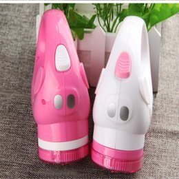 Wholesale Clothing Direct Manufacturers - Hot style rechargeable hair bulb clipper shavings to the ball maker's clothing manufacturer direct selling price