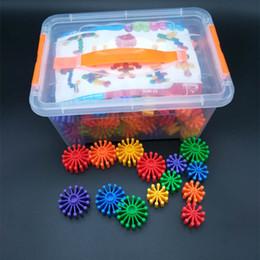 Canada Vente chaude colorée en plastique blocs engrenage forme bébé bricolage jouet éducatif En Plastique Jouet Bloc Dent dentelée Engrenage Éducative Bébé Jouets Pour Enfants cheap gears blocks Offre