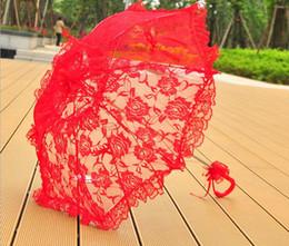 Wholesale wedding red umbrella - Embroidery Lace Umbrella hollow Red wedding umbrella Stainless steel Umbrella handle Manual Control Wedding Photo Props
