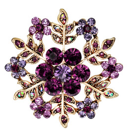 Wholesale Rhinestone Snowflake Pins - snowflakes brooch Rhinestone Christmas Brooch Pins Crystal Large Snowflake Winter snow Theme Brooches for women 170739