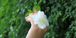 Wholesale Single Rose Bouquet - The Wedding Celebration Supplies the bridemmaid Sister Wrist flowers ring fingers flowers Wedding bouquets