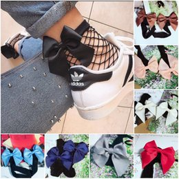 Wholesale Sock Bows - Women fishnet socks with bow bowknot New Fashion Hollow Out low Socks Popular Chic Thin Bow Punk Cool Female Mesh Short Socks Females