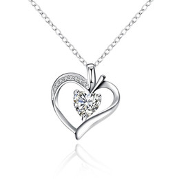 Wholesale Stone Inlay Pendants - Classic Crystal Necklace Heart-shaped Love Pendant Necklace Inlaid Stone Big Gemstone Cubic Zirconia Jewelry Silver Plated Rolo Chain