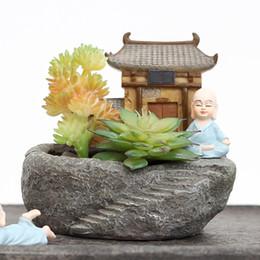 Templo de decoracion online-Nuevo diseño Budismo Templo Resina Maceta Plantas suculentas Maceta Monje Maceta Maceta Decoración del jardín del hogar Bonsái Maceta