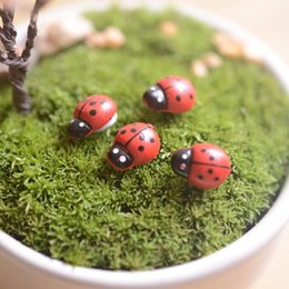 Wholesale Wood Gnomes - artificial mini lady bugs insects beatle fairy garden miniatures gnome moss terrarium decor resin crafts bonsai home decor for DIY Zakka