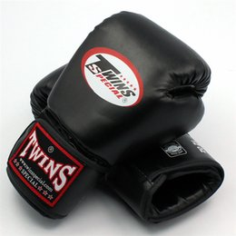 fighting training gear Promo Codes - 12oz 14oz Twins Special Boxing Gloves Mittens Thickened Training Sanda Dozen Sandbags Glove Punching Gloves Fighting Boxeo Gloves