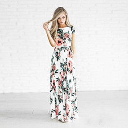 Wholesale Wholesale Black White Dresses - Women's Fashion Spring Short Sleeve Classic Rose Maxi Dresses Beautiful Women's Clothing Skirt Casual Dresses Multicolor 170607