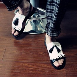 black punk sandals Promo Codes - Punk Style Tassel Rivets Mans Sandals White Black Flats Cozy Leisure Genuine leather Strap Loafers Street Gladiators Men Hot