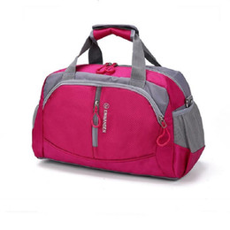 Venta al por mayor Nuevo Unisex impermeable Gym Bag Big Capacity Fitness  Hombres Training Shoulder Bag Traveling Sports Bag Mujeres Paquete de  Equipaje ... 9da55b634145a