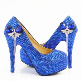 Tacones de cuentas azules online-5 8 11 14 CM talones completamente con cuentas Royal Blue Tassel Cenicienta zapatos Prom noche tacones altos nupcial dama de honor hechos a mano zapatos de boda 323