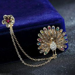 Wholesale Wholesale Costume Rhinestone Animal Jewelry - New Charm Rhinestone Crystal Peacock Gold Tone Brooch Pin Bridal Wedding Party Pin Brooch Fashion Costume Jewelry Gift Brooches