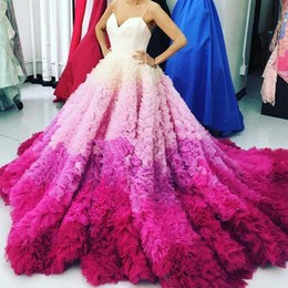 Wholesale Puffy White Red Dresses - Gorgeous Gradient Fuchsia Evening Dresses Sexy Spaghetti Puffy Ruffles Chapel Trian Prom Party Dress Bridal Vestidos Red Carpet Evening Gown