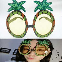 Wholesale Wholesale Pineapple Halfs - Wholesale- New Hot Sale Hawaiian Beach Sunglasses Pineapple Goggles Hen Night Stag Party Fancy Dress Party Event Supplies