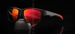 Wholesale Fire Red Flash - Classics Jupiter Carbon Sports Sunglasses Polarized Oculos Women Men black plastic frame red fire Iridium mirror flash OO9220 OO4066