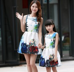 Wholesale Elegant Baby Outfit - Family Matching Outfits Floral Printing Elegant European Baby Girl Clothes Tank Dress Mutter Tochter Kleidung mae filha Gift