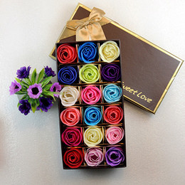 2019 enfeites de natal de 12 polegadas New hot 18 pçs / set sabonete perfumado Rose flor conjunto de óleo essencial com caixa de presente amante romântico presentes de casamento de natal banho de corpo flores