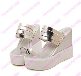 Wholesale High Heels Thong Sandals - Size 34 to 39 Trendy gold silver metal strap thong platform wedge high heels sandals women shoes 2017