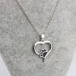 Wholesale Sweeter For Women - Jewelry Necklace Sweet Heart Dog Paw Pendant Necklaces Silver Plated Alloy Short Necklace For Women Gift