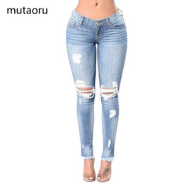 Calças baixas do quadril on-line-Mulheres Skinny Magro Lápis Calça Jeans Feminina Cintura Baixa Buraco Borla Calças Senhora Plus Size Big Hip Calças Menina Causal Elasticidade Inferior