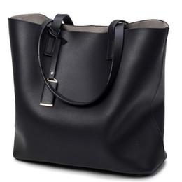 Sacchetto di trasporto del microfiber online-Le borse del secchio delle donne adattano ad alta capacità le borse per le borse a tracolla di cuoio nere di viaggio di Microfiber che spediscono liberamente