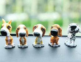 Canada Décorations intérieures de décorations de voiture de chien de chien artificiel grand tête secouant décor pour accessoire de bureau à domicile automatique Offre
