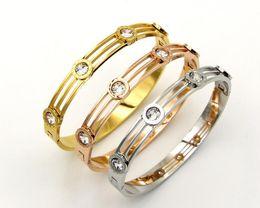 New fashion quattro numeri romani singolo trapano fibbia fibbia fibbia braccialetto accessori femminili bracciale in acciaio al titanio da braccialetto romano numerico cavo fornitori