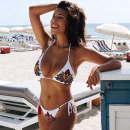 Canada 2018 Piquant Bikini Maillots De Bain Femmes Thong Push Up Floral Broderie Bikini Set Maillot De Bain Biquinis Maillot De Bain Eté PlageVêtements Offre