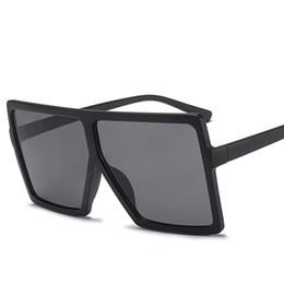Große vintage brille online-Quadratische Sonnenbrille für Frauen Markendesigner Big Frame Quadratische Sonnenbrille Vintage Übergroße Sonnenbrille Travel Ladies Shades UV