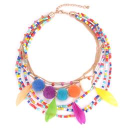 Горячие продажи мульти слои Boho ожерелья для женщин партии путешествия пляж кулон ожерелья заявление перо бусины помпон свитер ожерелья от