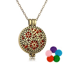 Wholesale Aroma Circle - Bronze Aroma Open Antique Vintage Diffuser Locket Pendant Perfume Essential Oil Aromatherapy Diffuser Necklace Gear Design Locket Necklace