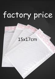 15x17 cm 100 adet beyaz Kendinden yapışkanlı Kabarcık Postaları poli kabarcık mailler kabarcık Nakliye Zarf Posta Çantaları Nakliye Çantası damla nakliye özel nereden kulaklık 5'ler tedarikçiler