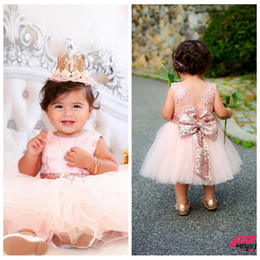 vestidos de fiesta de té para niños pequeños Rebajas 2018 Vestidos de niña de flores Bebé Infant Toddler Birthday Party Dresses Blush Pink Rose Gold Lentejuelas Arco Encaje Cuello redondo Longitud de té Tutu Boda
