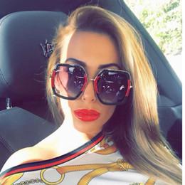 óculos de damas rosa Desconto 2018 Quadrado de Luxo Óculos de Sol Das Senhoras de Marca Designer de Grandes Dimensões de Cristal Rosa Óculos De Sol Das Mulheres Grandes Espelho Óculos Para Feminino UV400