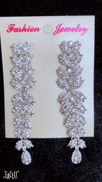 Wholesale Acrylic Flower Earrings - Vantage Style Crystal Fashion Earrings (Made with Rhinestones!!!) ER030001