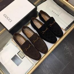 Männer zeigten zehe kleid schuhe müßiggänger online-Heiß! verkaufen Sie italienische Designer Herren Kleid Schuhe Männer Luxus Loafers Doug Schuhe für männliche Mann Punkt Zehe Kleid Schuh Casual Schuhe 38-44