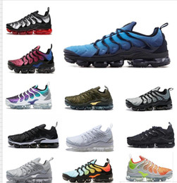 Wholesale male toe - 2018 VaporMax TN PLUs VM OliVe In Metallic White Silver Colorways ShOes For RunnING Male Shoe Pack Triple Black men&women ShOes us5.5--us11