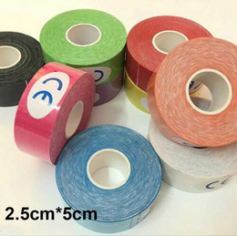 Wholesale Kinesiology Muscle Tape - 10 Colors 2.5CM* 5M Muscle Tape Kinesio Elbow Knee Kneepads Elastic Bandage Taping Knee Tactical Pad Kinesiology Adhesive Tape