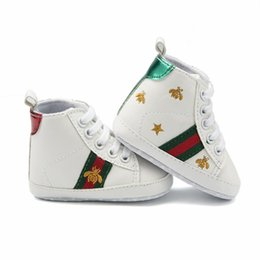 2019 láminas de caucho 2018 bee baby sports shoes 0-1 years old baby soft bottom toddler shoes 6-12 months girls single shoes