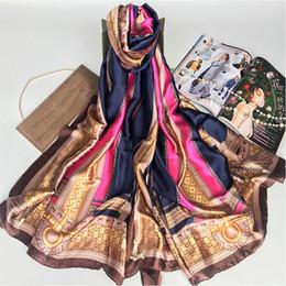 Canada Marque été femmes écharpe qualité hiver et l'automne écharpe en soie impression châles wrap longues femmes pashmina dames volé cadeau de noël Offre