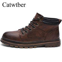 dec8a27e80b Catwtber Moda hecha a mano Primavera Invierno Hombres Botas Chelsea Zapatos  de vestir sin cordones Baile Calzado Botas de motocicleta con punta  estrecha ...
