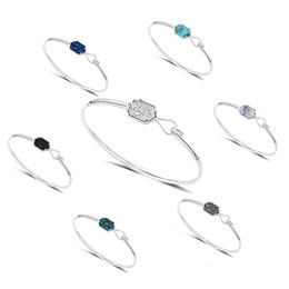 Canada 2018 Nouveau Joli Quartz Ovale Ovale Blanc et Bleu Losange vert Pierre Résine Druzy Manchette Ouverture Bracelets pour Femmes 320040 Offre