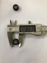 Горячая игрушка автомобиль колеса 1: 64 масштаб резиновые шины пластиковые диски 20000 шт. / лот от