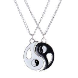 Chinesische anhänger für männer online-Fräulein JQ chinesische mystische Symbol Yin Yang Anhänger Halskette für Frauen / Männer beste Freunde Charme weiß schwarz Yoga Choker Schmuck