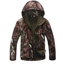 Argentina Soft Shell V4 chaqueta táctica militar hombres a prueba de viento a prueba de calor de la capa de camuflaje con capucha Camo ejército ropa Suministro