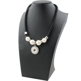 Wholesale Imitation Pearl Buttons - 2018 New Snap Button Necklaces For Women Rhinestone Imitation Pearl Fittings Fit DIY 18mm Snap Buttons Jewelry Chain 45CM