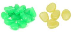 Piedras de jardín de grava online-100 unids / bolsa grava para su patio de jardín brillan en la oscuridad guijarros piedras para el banquete de boda adornos luminosos bebé juguete