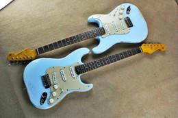 Fábrica de atacado de alta qualidade barato GYST-1060 antiguidade Do Velho luz cor azul placa branca rosewood fretboard Guitarra Elétrica, frete grátis de