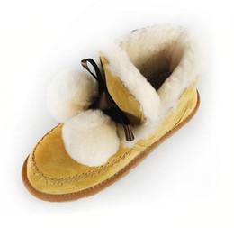Canada Nouvelles bottes de neige pour femmes Style européen et américain Tube court en fourrure de mouton avec une balle en laine et bottes en velours pour femmes supplier european snow boots Offre